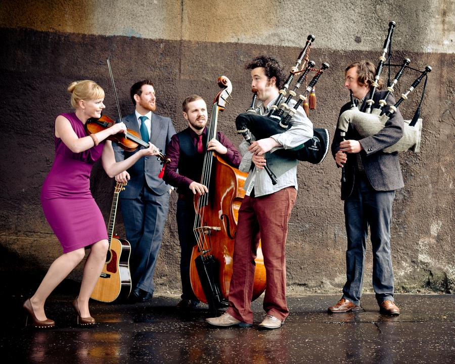 Breabach - dynamic and powerful contemporary folk music.